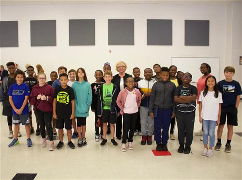 State Superintendent Carey Wright and Clinton students (large group)